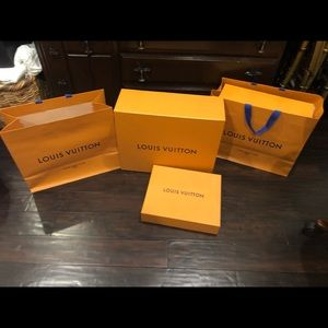 💯% Authentic Louis Vuitton boxes and bags